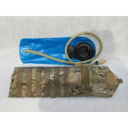MOLLE HYDRATION CARRIER